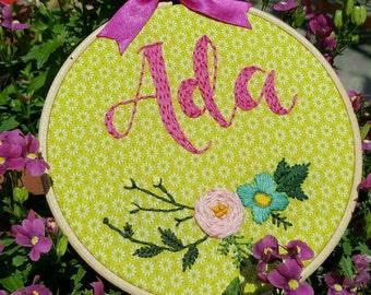 NEW BABY GIFT, Baby Shower Gift, Baby Name Sign, Nursery Name Sign, Embroidery Hoop Art, Hoop Art, Custom Baby Name, Nursery Art, Wall Art