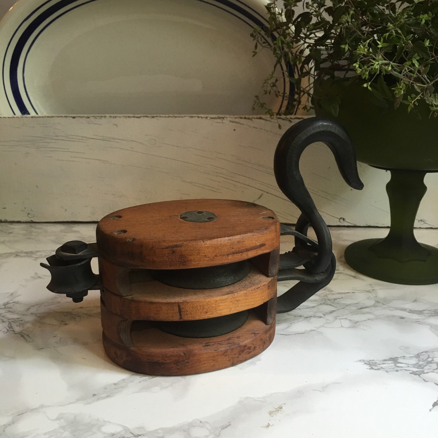 Vintage pulley industrial decor wood and iron bookends for Decorating with pulleys