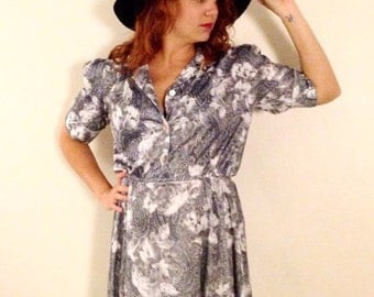 Grey paisley dress 80s