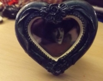 wizard of oz witch heart photo frame.