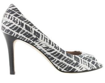 Zebra print open toe pump, Women leather peep toe sandal, Black and white peep toe pump, Made in Italy, Cape Town