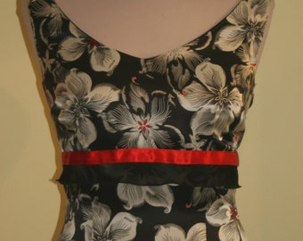 Evening dress made of silk satin with flower print in black and white