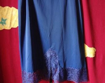 Slip Blue Vintage  1970's Laros
