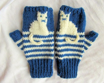 Fingerless knitted cat gloves