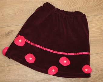 Burgundy skirt made of velour with pink felted flowers