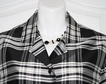 100% Silk Blouse long Sleeve, by Jones New York  Size 10