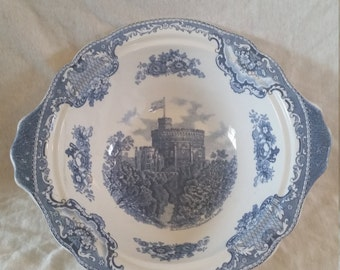 Johnson brother serving bowl/johson brother/serving bowl/blue and white bowl