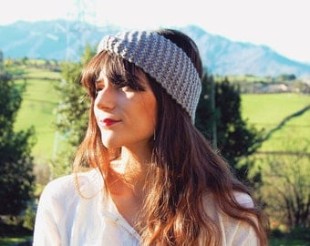 Grey knit headband