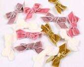 10 Noeuds de velours 25x15mm ou 70x30mm, polyamide, mauve,chartreuse ou rose (9412)