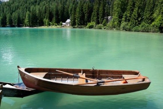 Build your own 11' X 3' Wooden Row Boat DIY Plans