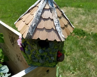 Stone Bird House (Fairy House, Bird House, Fairy Garden, Gnome Home, Forest Dwelling)
