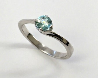 925 Sterling Silver Ring created Aquamarine 0,5 ct. Jewelry.