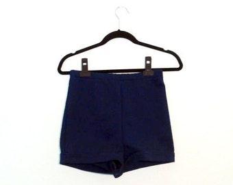 70s High Waisted Dark Navy Cuffed Shorts (Medium)