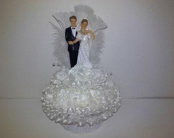 Elegant Classic Wedding Cake Topper
