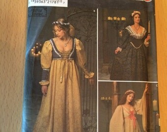 Simplicity 8192 renn-faire costume pattern, size 10-12-14