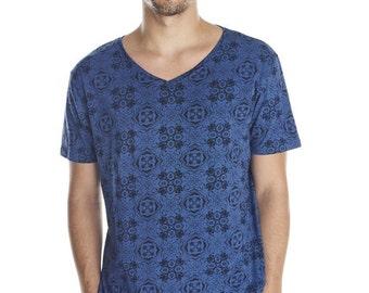 Vintage men's T-shirt - tribal pattern festival men top - funky sacred geometry shirt - burning man psychedelic festival clothing