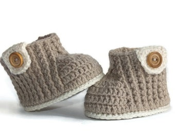 Stylish baby booties-Baby boy booties- baby shoes--Baby Girl booties-crochet baby booties-baby shoes-Newborn booties