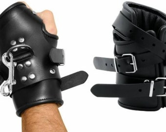 Suspension cuffs mitten, real leather