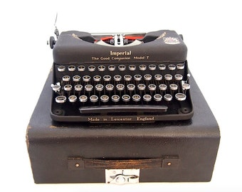 Imperial typewriter model T, 1951, grey typewriter, working typewriter, portable typewriter, vintage typewriter, rare typewriter.