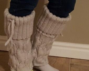 Womenś Knitted Leg Warmers in light gray