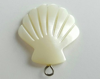 Carved Shell Mother of Pearl Style Pendant