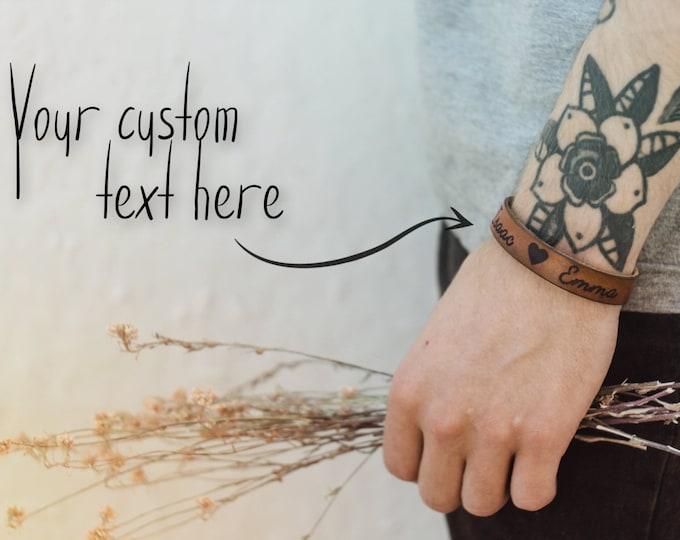 Lovers bracelet - girlfriend - boyfriend - couples jewelery - name bracelet - custom engraved - romantic gift - couples gift - love bracelet