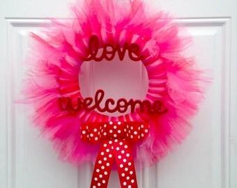 Love Welcome Valentine's Tulle Wreath/door hanger/classroom door hanger, office door hanger/wall decor