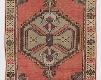 3.5x6 Ft Vintage Hand-knotted Anatolian village Rug. %100 wool. Decorative & Unique old handmade carpet. G106