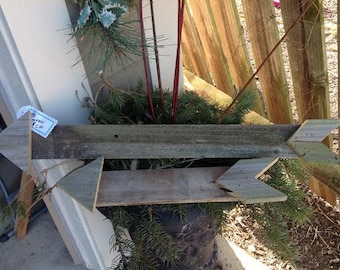 Arrow wall decor. made from re-purposed pallet wood.
