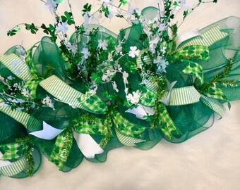St. Patricks Day Centerpiece,St. Patricks Centerpiece. Centerpiece, Green Centerpiece, Shamrock centerpiece