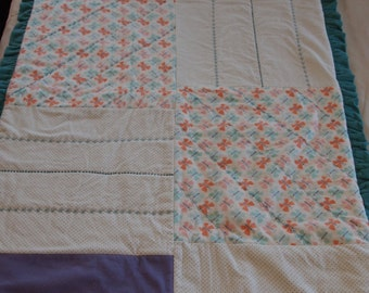 Flowers and Butterflies Quilt//Free shipping