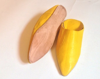 Yellow . slipper,babouche , Womens Slippers -color  leather - handmade leather, ugg slippers yellow .