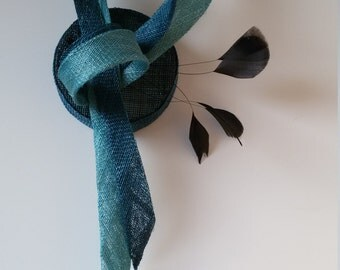 elegant fascinator black blue