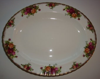 """Royal Albert OLD COUNTRY ROSES England 13 3/4"""" Oval Platter"""