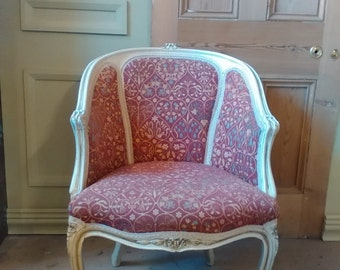 Upholstered tub chair