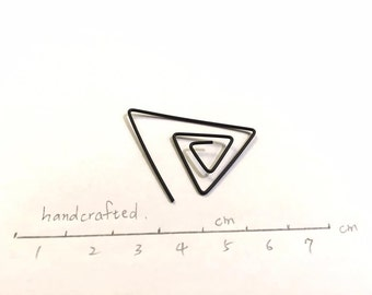 Prespective Earring (single side)