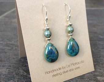 Turquoise tear drop bead earrings