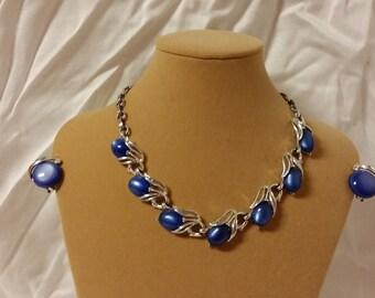 "Vintage ""Lisner"" Necklace and Clip On Earring Set"