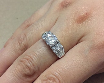 Size 7, vintage Sterling silver anniversary ring, solid 925 silver with clear cz, stamped 925