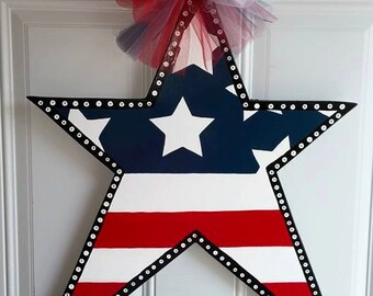Wood Star Door Hanger