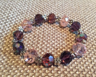 Flower bead and glass bead bracelet