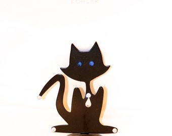 Blue-Eyed Black Cat sink decoration