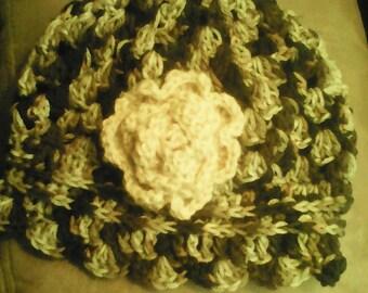Ladies Crocheted Hat w/Flower