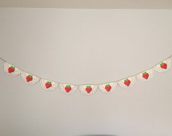 Strawberry Paper Doilies Banner