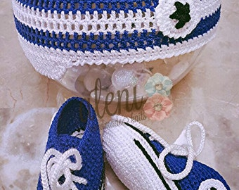 Converse booties and hat for newborn boy.