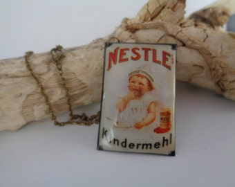Upcycling chain - advertising sign