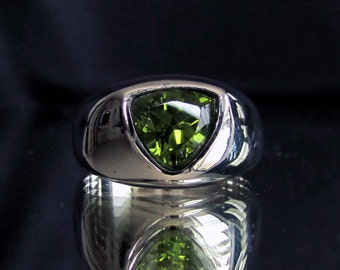 Sterling silver gemstone ring Shield Peridot