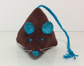 Pyramid Mouse