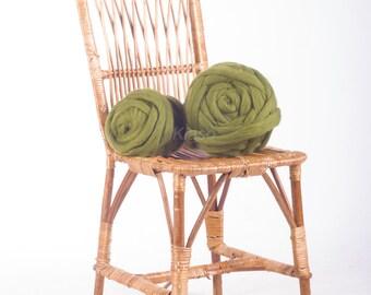 Super bulky Super chunky Handspun yarn 1000g/2.2lbs Super chunky yarn Giant yarn Merino wool Super bulky yarn Giant knits Giant yarn Olive