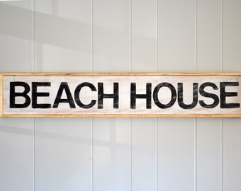 """Beach House Sign 